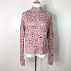 American Eagle l Pink Pullover Sweater Crochet S